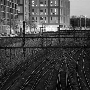Vibration passages de trains et autres